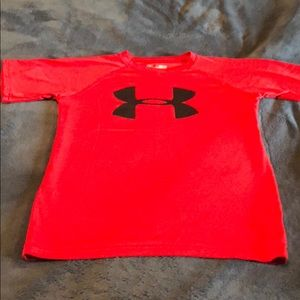 Under Armour Shirts & Tops - Boys UA size small red tee